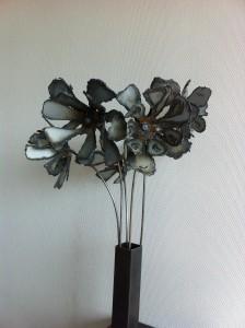 Steel flowers 5 06 03 2013